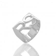 טבעת שתי אותיות באנגלית