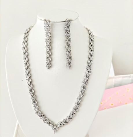 סט תכשיטים - שרשרת ועגילים לערב